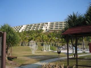カヌチャベイホテル